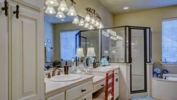 Mycie kabiny prysznicowej - jak się do tego zabrać?