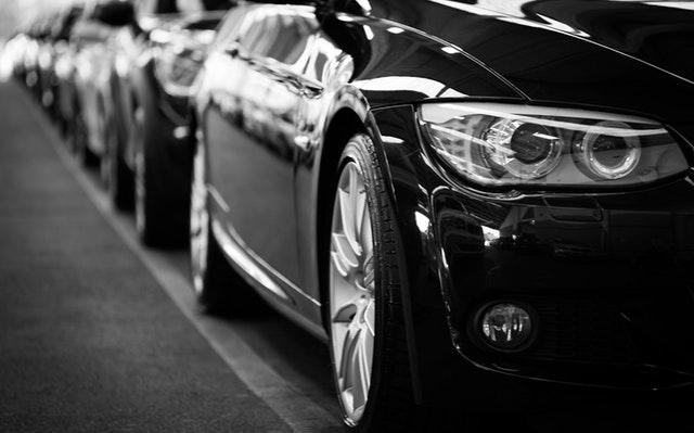 Czy wynajem samochodów się opłaca?