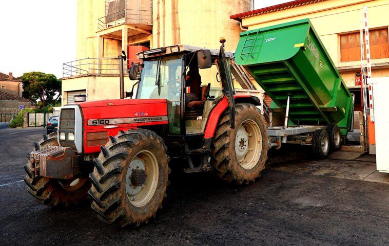 Przyczepy do maszyn rolniczych - zadbaj o zabezpieczenie ładunku